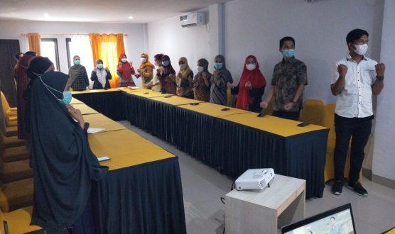 Berharap Pekerja Perempuan lebih  Sehat dan Produktif, Dinas Kesehatan Kabupaten Mamuju gelar Penguatan Pos UKK bagi perempuan.